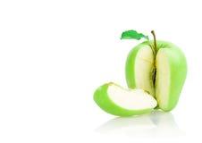 Apple που τεμαχίζεται Στοκ Εικόνες