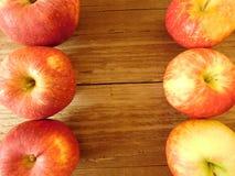 Apple που τρώει Στοκ εικόνα με δικαίωμα ελεύθερης χρήσης