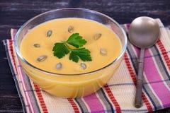 Apple - σούπα κρέμας κολοκύθας Στοκ φωτογραφίες με δικαίωμα ελεύθερης χρήσης