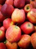 Apple στην αγορά της Farmer ` s Στοκ φωτογραφία με δικαίωμα ελεύθερης χρήσης