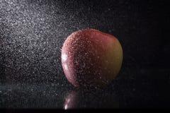 Apple στον ψεκασμό Στοκ εικόνα με δικαίωμα ελεύθερης χρήσης