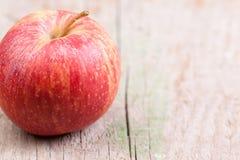 Apple στο ξύλο Στοκ Εικόνα