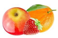 Apple το πορτοκάλι και τη φράουλα που απομονώνονται με στο λευκό Στοκ Φωτογραφία