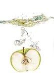 Apple in acqua Fotografia Stock Libera da Diritti