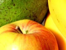 Apple, aguacate y plátanos Foto de archivo libre de regalías