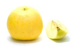 Apple amarelo e núcleo Imagem de Stock