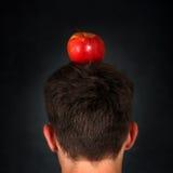 Apple auf dem Kopf Lizenzfreies Stockbild