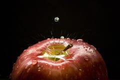 Apple, baisses et éclaboussure Image libre de droits