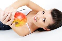 apple beautiful woman Στοκ εικόνες με δικαίωμα ελεύθερης χρήσης