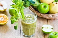 Apple with Celery and Broccoli smoothie Royalty Free Stock Photos