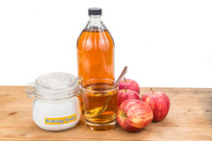 Apple cider vinegar and baking soda combination for acid reflux Royalty Free Stock Images