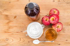 Apple cider vinegar and baking soda combination for acid reflux Royalty Free Stock Photos