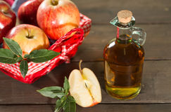 Apple cider vinegar Royalty Free Stock Photos