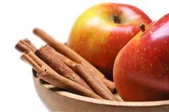 Apple com canela Imagem de Stock Royalty Free