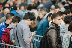 Apple comienza iPhone 6 ventas Imagen de archivo