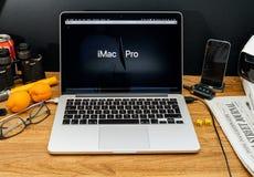 Apple Computer en los últimos avisos de WWDC de iMac favorables Fotos de archivo