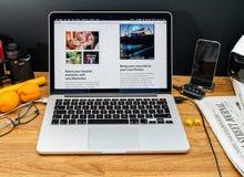 Apple Computer en los últimos avisos de WWDC de la foto app en el mac Imagenes de archivo