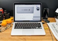Apple Computer en los últimos avisos de WWDC de las conexiones de iMac Foto de archivo