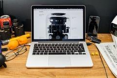Apple Computer en los últimos avisos de WWDC del altavoz de Homepod Foto de archivo libre de regalías