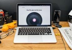 Apple Computer en los últimos avisos de WWDC del homepod, ne del siri Imagen de archivo
