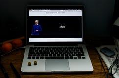 Apple Computer en los últimos avisos de WWDC del nuevo mac Fotos de archivo libres de regalías