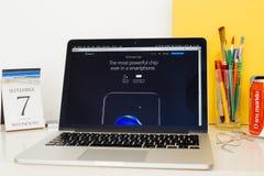 Apple-Computer Website, die den neuen Fusion A10 Chip zur Schau stellt Lizenzfreie Stockfotos
