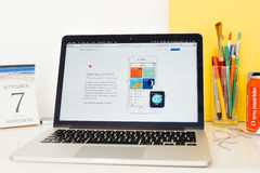 Apple-Computer Website, welche die Gesundheits-APP auf iPhone zur Schau stellt Lizenzfreie Stockbilder