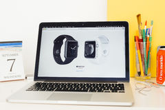 Apple-Computer Websitepräsentation Lizenzfreies Stockfoto