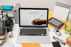 Apple-Computers nieuwe iPad Pro, iPhone 6s, 6s plus en Apple-TV Stock Foto's