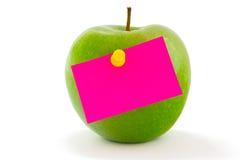 Apple con la etiqueta engomada de la nota imagen de archivo libre de regalías