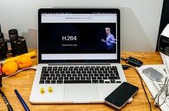 Apple Craig Federighi ve MaOS de antemano High Sierra en WWDC 2017 h2 foto de archivo