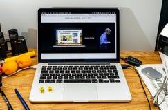 Apple Craig Federighi vede in anteprima l'alta sierra del MaOS all'annuncio 2017 di WWDC Fotografia Stock