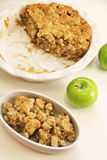 Apple crisp vertical plain Royalty Free Stock Photography