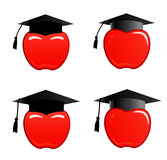 Apple dans le capuchon de graduation Image libre de droits