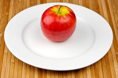 Apple de plaque images libres de droits