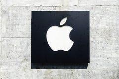 Apple-de voorgevel Berlijn van de computeropslag Stock Foto