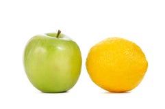 Apple e limão Imagens de Stock