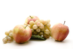 Apple e uvas Foto de Stock Royalty Free