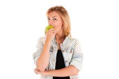 apple eating woman young Στοκ Φωτογραφία