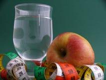Apple-eau-suivez un régime photo stock