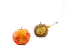 Apple el fumar sano y de la manzana Imagenes de archivo