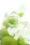 Apple en soda Imagenes de archivo