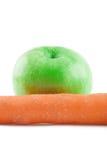Apple en wortelisolatie Royalty-vrije Stock Foto