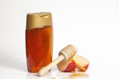 Apple et miel pendant année juive de Rosh Hashana la nouvelle Images stock