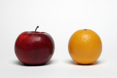 Apple et orange Photos libres de droits