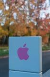 Apple högkvarter på den oändliga öglan i Cupertino Arkivfoton