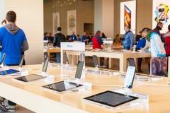 Apple Inc στη Βαρκελώνη, Ισπανία Στοκ Φωτογραφία