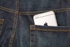 Apple iPhone6 τζιν backpocket Στοκ εικόνες με δικαίωμα ελεύθερης χρήσης