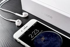 Apple iPhone 8 plus silver Arkivfoto