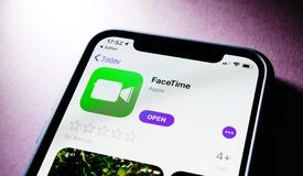 Free Apple IPhone XS With FaceTime App Royalty Free Stock Photos - 138151708